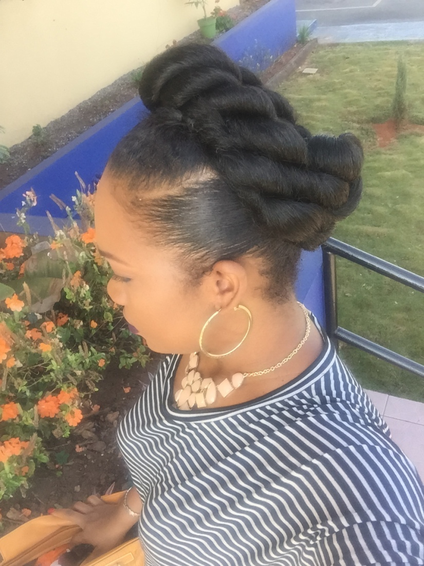 Natural hair hairstyle Up Do withBraids!